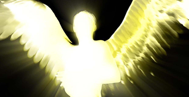 11 jel, hogy angyal, nem pedig szellem van a közeledben