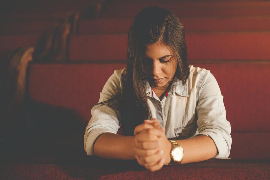 A kétségbeesett pillanatok tanítanak meg bennünket imádkozni