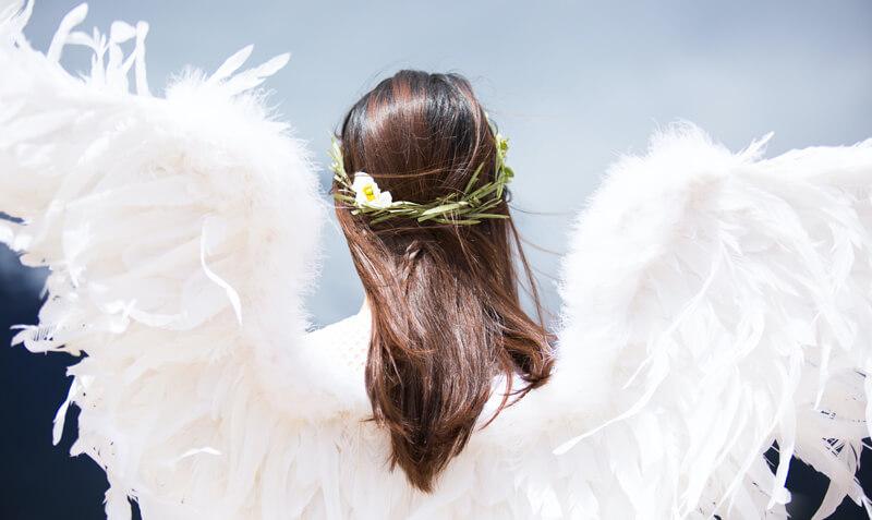 5 figyelmeztető jel az angyalodtól, amire érdemes odafigyelni!